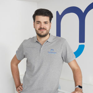 Midterm Manager Miro Wolowicz