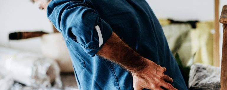 Rundrücken Hyperkyphose im Alter Physiotherapie Berlin Mitte